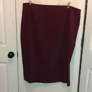 Casual Corner annex burgundy skirt